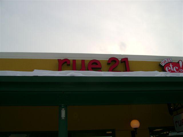 RUE 21 service prime outlets 007