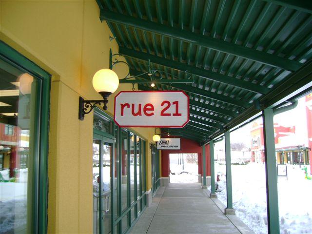 RUE 21 service prime outlets 010